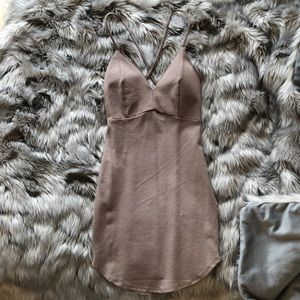 Hollywood Boutique Taupe Dress
